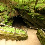 entrance-mammoth-cave